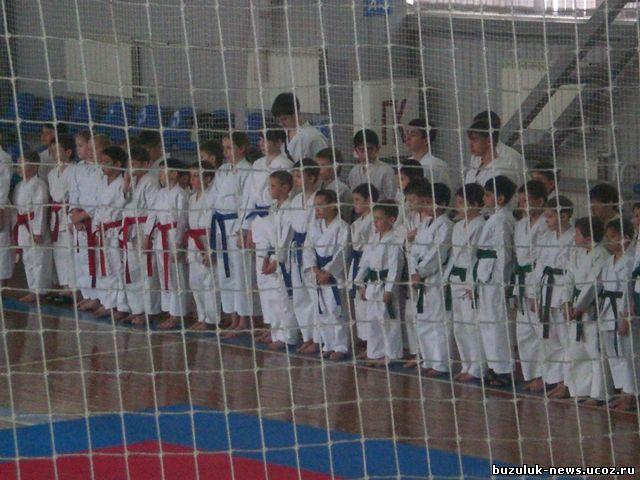 Спорткомплекс «Олимпиец» принял в соревнованиях около 100 спортсменов юношей и девушек