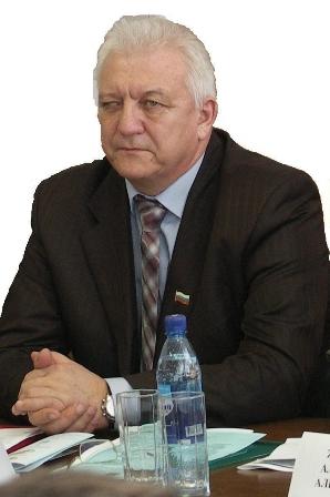 Кравцов Владимир Илларионович директор Бузулукский гуманитарно-технологический институт (филиал) ГОУ ОГУ