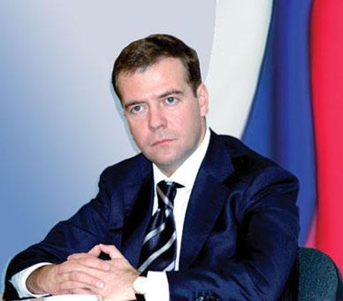 Находясь в Оренбурге, глава государства совершил незапланированную -высадку- в одном из городских супермаркетов