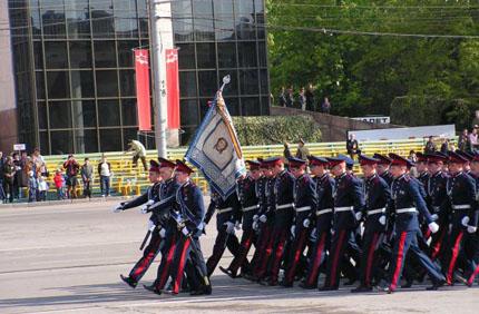 Президентское кадетское училище открыл вчера в Оренбурге Дмитрий Медведев